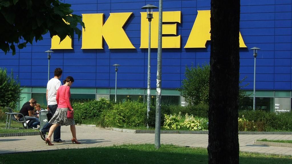 bc560aeb20 Anyázzák a kommentelők az IKEÁT, mert 3 ezer forintba kerül az új online  rendelés