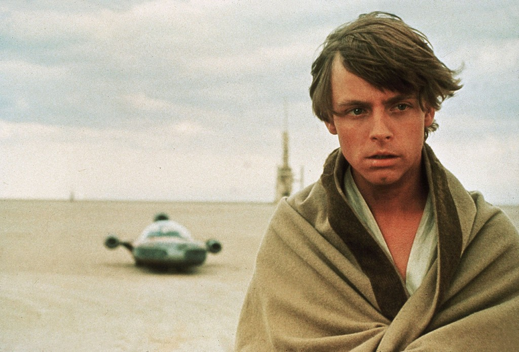 Star Wars Episode IV - A New Hope (1977) / Star Wars (1977)  La Guerre des étoiles  Pers: Mark Hamill  Dir: George Lucas  Ref: STA039NX  Photo Credit: [ Lucasfilm/20th Century Fox / The Kobal Collection ]  Editorial use only related to cinema, television and personalities. Not for cover use, advertising or fictional works without specific prior agreement
