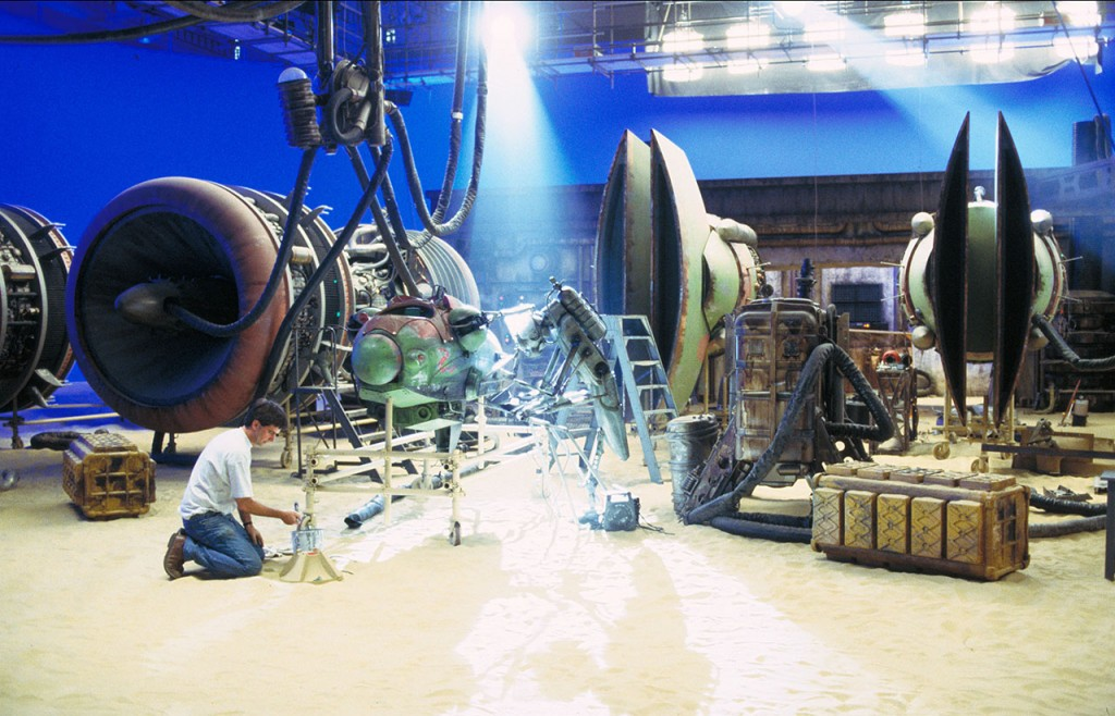 Star Wars : Episode I - The Phantom MenaceYear : 1999 USADirector : George LucasShooting picture.It is forbidden to reproduce the photograph out of context of the promotion of the film. It must be credited to the Film Company and/or the photographer assigned by or authorized by/allowed on the set by the Film Company. Restricted to Editorial Use. Photo12 does not grant publicity rights of the persons represented.