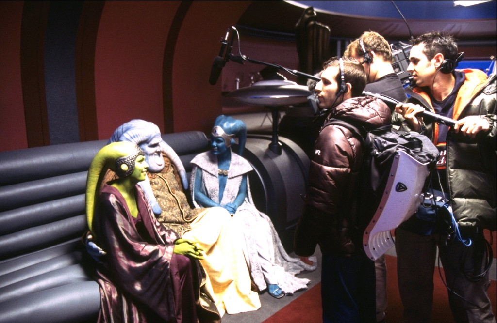 Star Wars: Episode II - Attack of the Clones Year : 2002 USA Director : George Lucas Matt RowanShooting picture.It is forbidden to reproduce the photograph out of context of the promotion of the film. It must be credited to the Film Company and/or the photographer assigned by or authorized by/allowed on the set by the Film Company. Restricted to Editorial Use. Photo12 does not grant publicity rights of the persons represented.