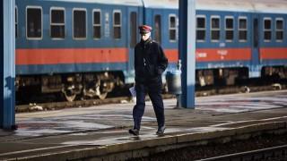 Image: 73422361, A Keleti pályaudvar Budapest legforgalmasabb személypályaudvara. Nevét nem a földrajzi fekvéséről kapta, hanem a keleten fekvő Erdéllyel és a Balkánnal fenntartott kapcsolat miatt. A pályaudvar négy fő vasútvonal: (Budapest–Győr–Bécs (1-es), Budapest–Hatvan–Miskolc (80-as), Budapest–Szolnok-Békéscsaba–Arad (120-as), valamint a Budapest–Kelebia–Belgrád (150-es) vonalak kiindulópontja. A legtöbb belföldi InterCity járat végállomása, illetve a legjelentősebb nemzetközi vasúti csomópont Magyarországon. A főváros VIII. kerületében található, a Baross téren., Place: Budapest, Hungary, License: Rights managed, Model Release: No or not aplicable, Property Release: Yes, Credit: smagpictures.com