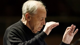 Picture taken on October 17, 2008 shows French conductor and composer Pierre Boulez conducting the SWR Symphony Orchestra during the opening concert of the Donaueschinger Musiktage music festival in Donaueschingen, southern Germany.French composer, conductor Pierre Boulez died at the age of 90 on January 5, 2016 in Baden-Baden, southern Germany. / AFP / dpa / Rolf Haid / Germany OUT
