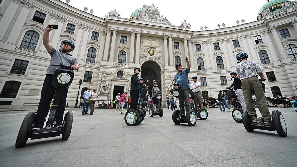 2631829 05/19/2015 Tourists ride segways by the Hofburg Palace in Vienna. Maksim Blinov/RIA Novosti