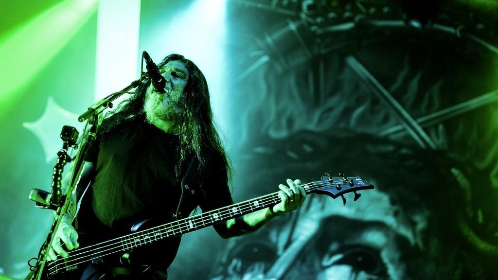2754774 12/09/2015 Vocalist of the American thrash metal band Slayer Tom Araya during a concert at Stadium Live club in Moscow. Vladimir Astapkovich/Sputnik
