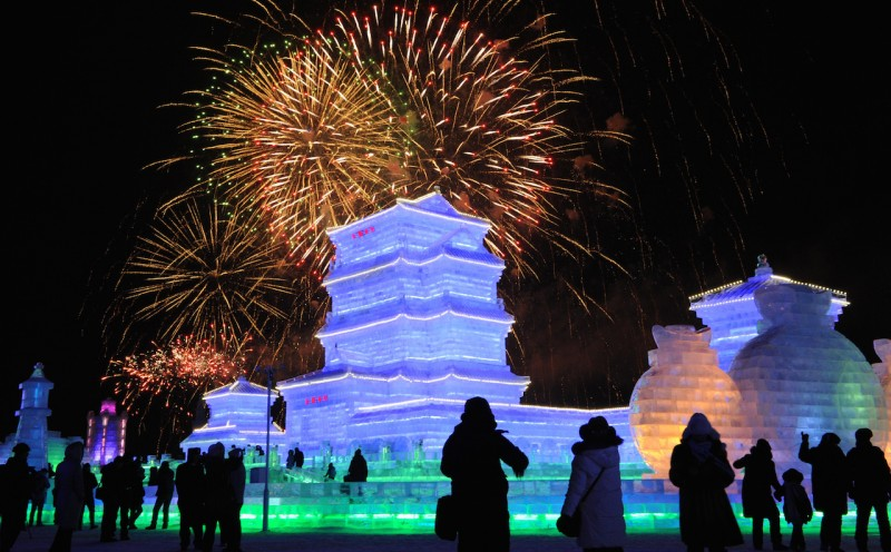 """People visit the opening ceremony of the Harbin International Ice and Snow Sculpture Festival, in Harbin, Heilongjiang, China  on Jan. 5, 2016. This year's theme,  called """"Pearl on the Crown of Ice & Snow""""  will be held until Feburary 28.   ( The Yomiuri Shimbun )"""