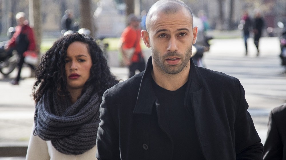 BARCELONA, SPAIN - JANUARY 21:  FC Barcelona's player Javier Mascherano arrives at the Barcelona's law court prior his trial for unpaid taxes in Barcelona, Spain on January 21, 2016. Albert Llop / Anadolu Agency
