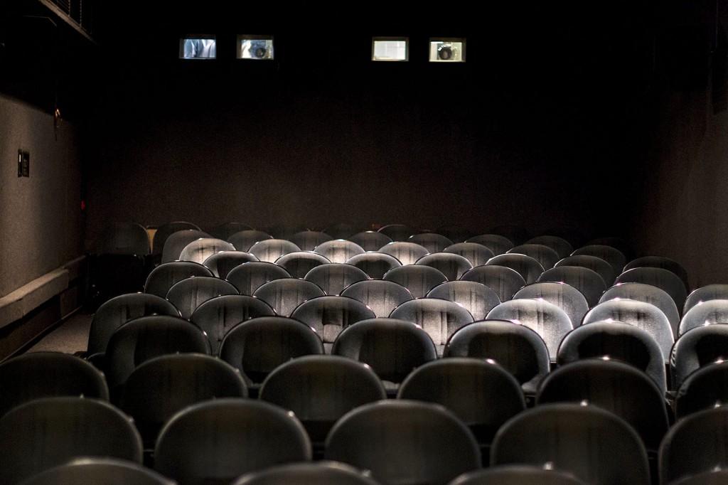 Budapest, 2016. január 21.A Bem Mozi nézőtere 2016. január 21-én. Újra nyílt a klasszikus és kultfilmeket vetítő Bem Mozi, ahol az elmúlt évtizedek legjobb, eredeti nyelvű, 35 milliméteres mozikópiáit láthatja a közönség.MTI Fotó: Szigetváry Zsolt