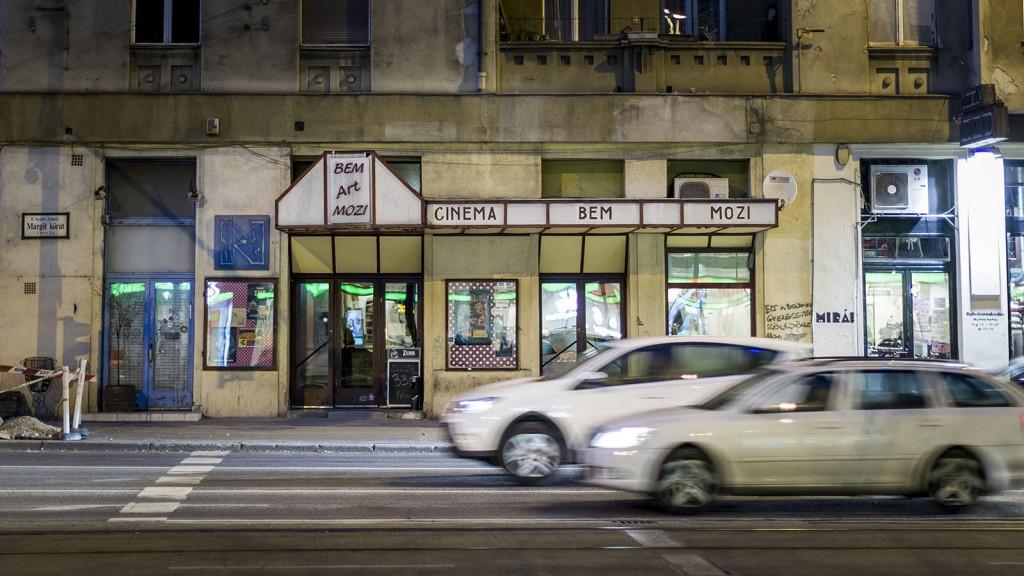 Budapest, 2016. január 21.A Bem Mozi 2016. január 21-én. Újra nyílt a klasszikus és kultfilmeket vetítő Bem Mozi, ahol az elmúlt évtizedek legjobb, eredeti nyelvű, 35 milliméteres mozikópiáit láthatja a közönség.MTI Fotó: Szigetváry Zsolt