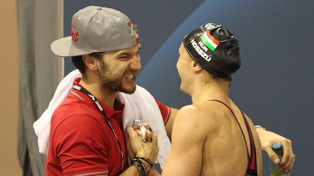Berlin, 2014. augusztus 21. Hosszú Katinka és férje és edzõje, az amerikai Shane Tusup a 100 méteres hátúszás döntõje után, a berlini úszó Európa-bajnokságon 2014. augusztus 21-én. A magyar úszó aranyérmes lett. MTI Fotó: Kovács Anikó