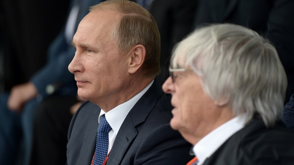 2717063 10/11/2015 Russian President Vladimir Putin, left, and F1 supremo Bernie Ecclestone at the F1 Russian Grand Prix 2015 in Sochi, Russia, October 11, 2015. Aleksey Nikolskyi/RIA Novosti