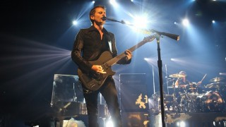 20150916 - BRUSSELS, BELGIUM: Singer Matthew Bellamy performs at a live show of British rock band Muse at Ancienne Belgique / AB in Brussels, Wednesday 16 September 2015. Tonight concert is a benefit called Muse for Life for CAP48 and Viva For Life and for Artsen Zonder Grenzen. BELGA PHOTO VIRGINIE LEFOUR
