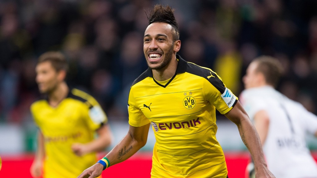 Dortmund's Pierre-Emerick Aubameyang celebrating his 1:0 goal during the Bundesliga soccer match between Bayer 04 Leverkusen and Borussia Dortmund at BayArena in Leverkusen, Germany, 21 February 2016. PHOTO: MARIUS BECKER/dpa  (ATTENTION EDITORS: Due to the accreditation guidelines, the DFL only permits the publication of up to 15 pictures per match on the internet and in online media during the match.)