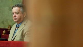 Budapest, 2011. november 9.Borsik János, az Autonóm Szakszervezetek Szövetségének elnöke részt vesz az új munka törvénykönyvéről szóló előterjesztés általános vitáján, az Országgyűlés plenáris ülésén.MTI Fotó: Koszticsák Szilárd