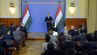 Budapest, 2016. február 29. Orbán Viktor miniszterelnök beszél a Külgazdasági és Külügyminisztériumban rendezett szokásos misszióvezetõi értekezleten 2016. február 29-én. MTI Fotó: Koszticsák Szilárd