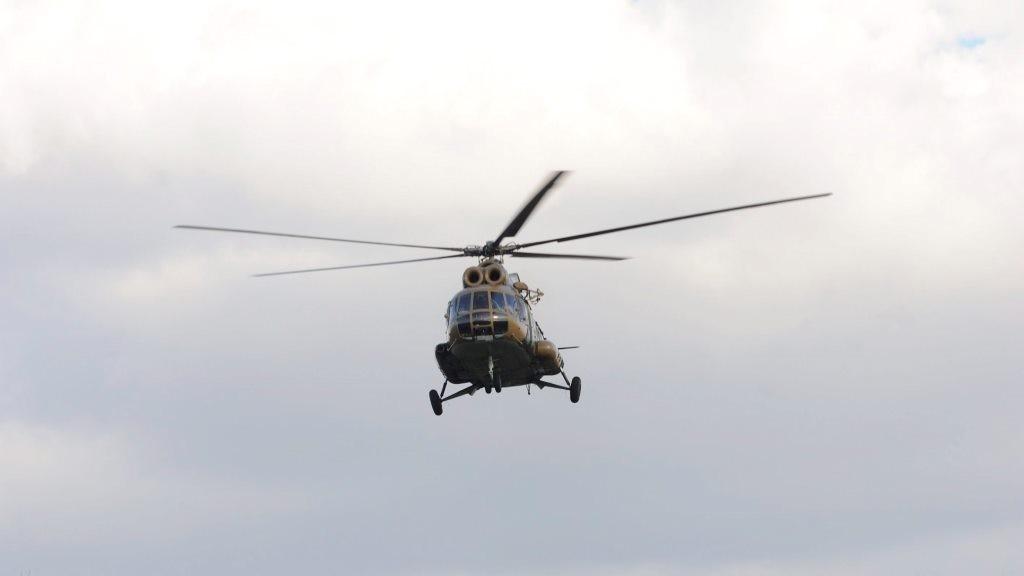 Illegális bevándorlás - Magyar katonai helikopter a szerb határnál