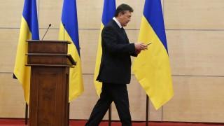 Rosztov-na-Donu, 2014. március 11. Viktor Janukovics leváltott ukrán államfõ, miután sajtótájékoztatót tartott a dél-oroszországi Rosztov-na-Donuban 2014. március 11-én. Janukovics a tájékoztatón kijelentette, hogy továbbra is Ukrajna legitim elnökének és a fegyveres erõk fõparancsnokának tartja magát, a május végére kitûzött ukrán elnökválasztást pedig törvénytelennek nevezte.(MTI/EPA/Szergej Ilnyickij)