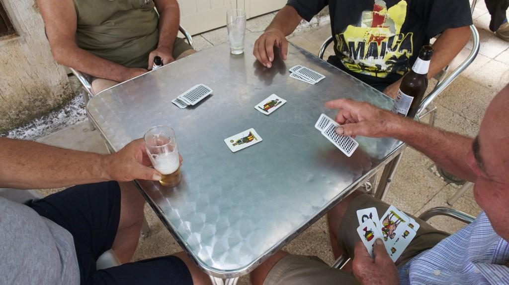 Card players.   GODONG / BSIP