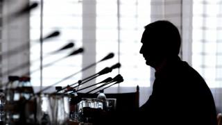 Budapest, 2011. május 2. Oszkó Péter volt pénzügyminiszter beszél meghallgatásán az Országgyûlés számvevõszéki és költségvetési bizottságának 2002-2010 közötti államadósság-növekedés okait vizsgáló albizottsága ülésén. MTI Fotó: Soós Lajos