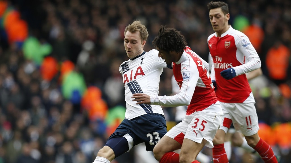 Tottenham Hotspur's Danish midfielder Christian Eriksen (L) vies with Arsenal's Egyptian midfielder Mohamed Elneny during the English Premier League football match between Tottenham Hotspur and Arsenal at White Hart Lane in London, on March 5, 2016. / AFP / IKIMAGES / IKimages / RESTRICTED TO EDITORIAL USE. No use with unauthorized audio, video, data, fixture lists, club/league logos or 'live' services. Online in-match use limited to 45 images, no video emulation. No use in betting, games or single club/league/player publications.
