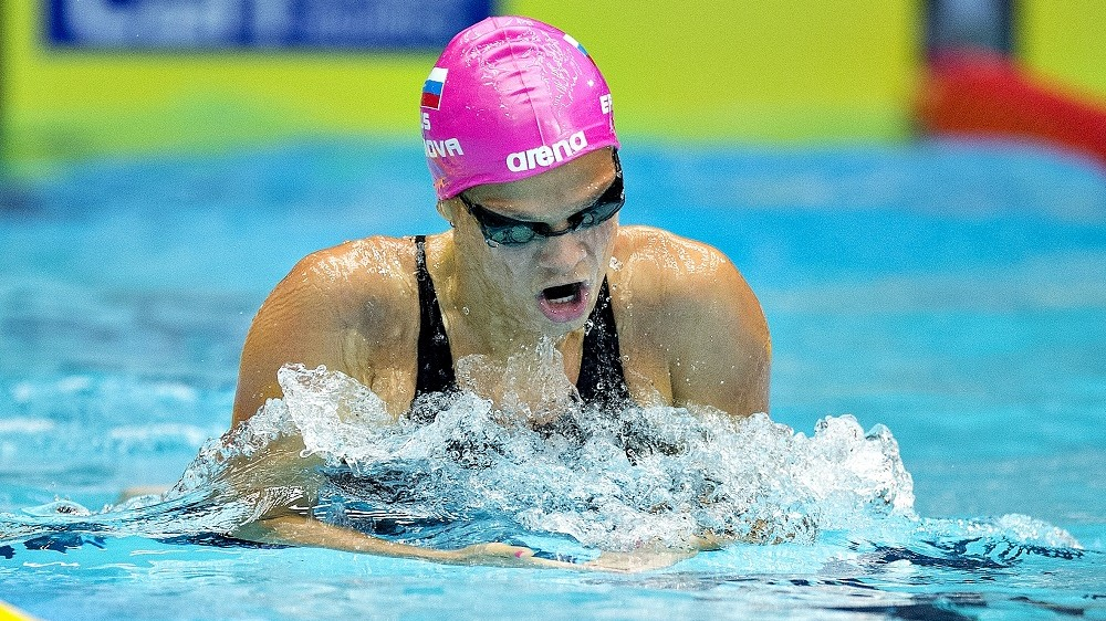 Yulia Efimova of Russia competes in a preliminary round of the women's 200 meters breaststroke event of the Len European Short Course Swimming Championships in Herning, Denmark, December 13, 2013. AFP PHOTO / SCANPIX DENMARK / HENNING BAGGER    +++ DENMARK OUT +++ / AFP / SCANPIX DENMARK / HENNING BAGGER