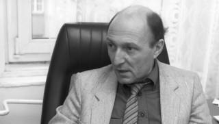 Mester Ákos főszerkesztő a 168 Óra című közéleti hetilap szerkesztői értekezletén. MTI Fotó: Hámor Szabolcs
