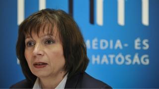 Debrecen, 2015. május 29.Karas Monika, a Nemzeti Média- és Hírközlési Hatóság (NMHH) elnöke sajtótájékoztatón beszél az Új Médiakultúra Kreatív Műhely átadásán a Debreceni Egyetemen 2015. május 29-én. A Nemzeti Média- és Hírközlési Hatósággal együttműködve a legkorszerűbb szoftvereket tartalmazó, csúcsminőségű számítógépekkel felszerelt médialabort adtak át az egyetemen.MTI Fotó: Czeglédi Zsolt