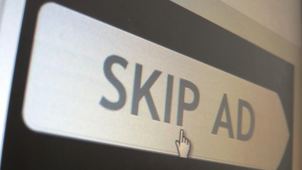 Skip ad sign