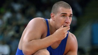 London, 2012. augusztus 11. Ligeti Dániel a fehérorosz Aljakszej Semarov elleni mérkõzésen, a 2012-es londoni nyári olimpián a szabadfogású birkózók 120 kg-os súlycsoportjának elõdöntõjében, az ExCel központban 2012. augusztus 11-én. A magyar versenyzõ kikapott a világbajnoki címvédõ riválisától, így már csak a vigaszági szereplésben bízhat. MTI Fotó: Illyés Tibor