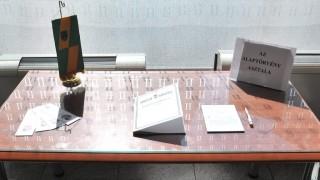 Önkormányzat - Az alaptörvény asztala