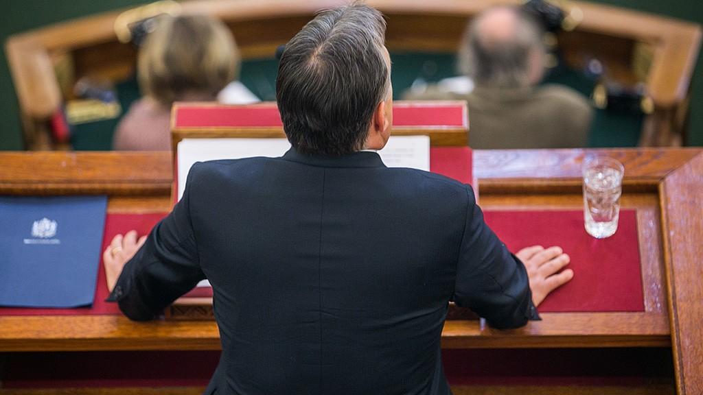 Image: 73560741, Orbán Viktor miniszterelnök (Fidesz) beszél a parlament plenáris ülésén., Place: Budapest, Hungary, License: Rights managed, Model Release: No or not aplicable, Property Release: Yes, Credit: smagpictures.com