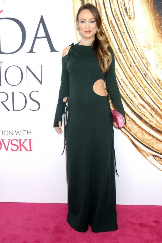 Olivia Wilde attends the 2016 CFDA Fashion Awards at the Hammerstein Ballroom on June 6, 2016 in New York City. | Verwendung weltweit