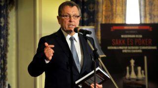 A Sakk és póker - krónika a magyar gazdasági szabadságharc győztes csatáiról című könyv bemutatója