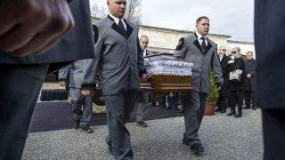 Budapest, 2016. március 10.Psota Irén temetése a Farkasréti temetőben 2016. március 10-én. A kétszeres Kossuth-díjas színművész, a nemzet színésze február 25-én, életének 87. évében hunyt el.MTI Fotó: Szigetváry Zsolt