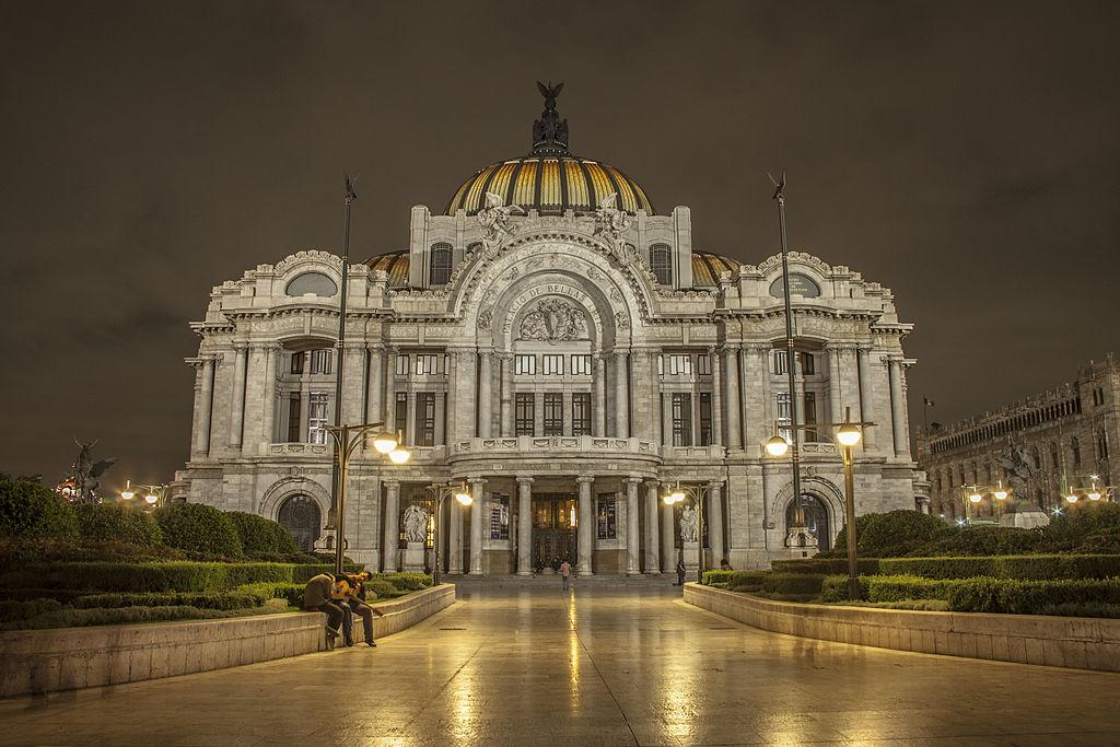 1024px-Palacio_de_Bellas_Artes_de_Noche