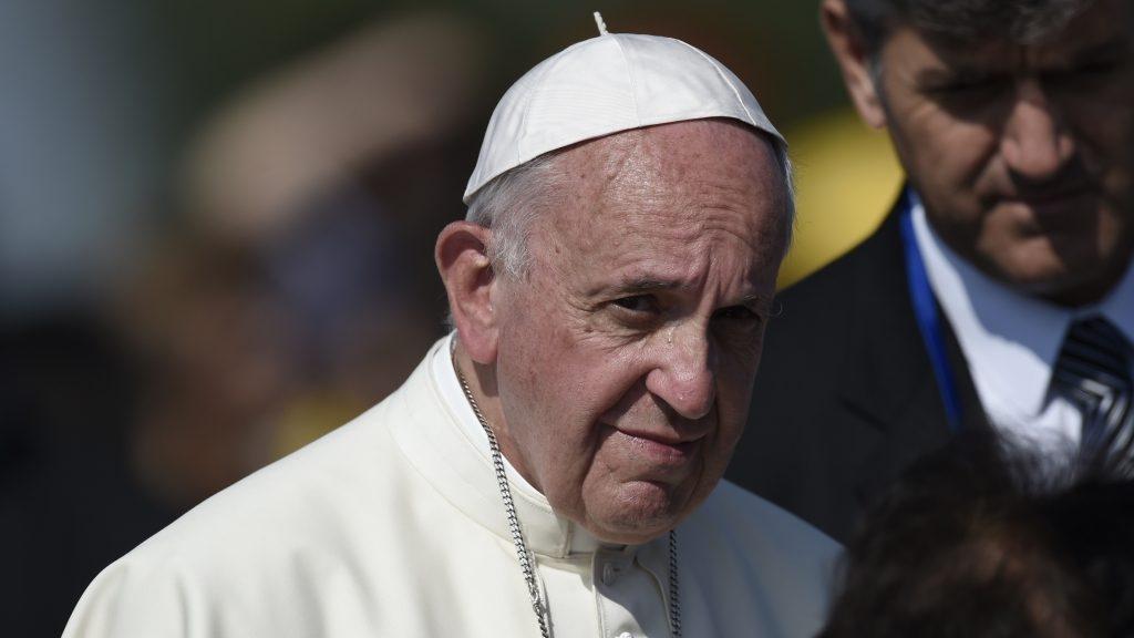2880654 06/25/2016 Pope Francis, center, visits the Tsitsernakaberd Armenian Genocide Memorial Complex in Yerevan. Asatur Yesayants/Sputnik