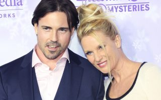 Nicollette Sheridan, Aaron Phypers at the Hallmark Channel and Hallmark Movies and Mysteries Winter 2016 TCA press tour at Tournament House on January 8, 2016 in Pasadena, California/picture alliance