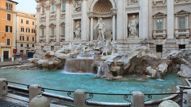 The Fontana di Trevi (Trevi Fountain) at dawn, 18th century,  Nicola Salvi and completed by Giuseppe Pannini, largest Baroque fountain in Rome, Italy. Picture by Manuel Cohen