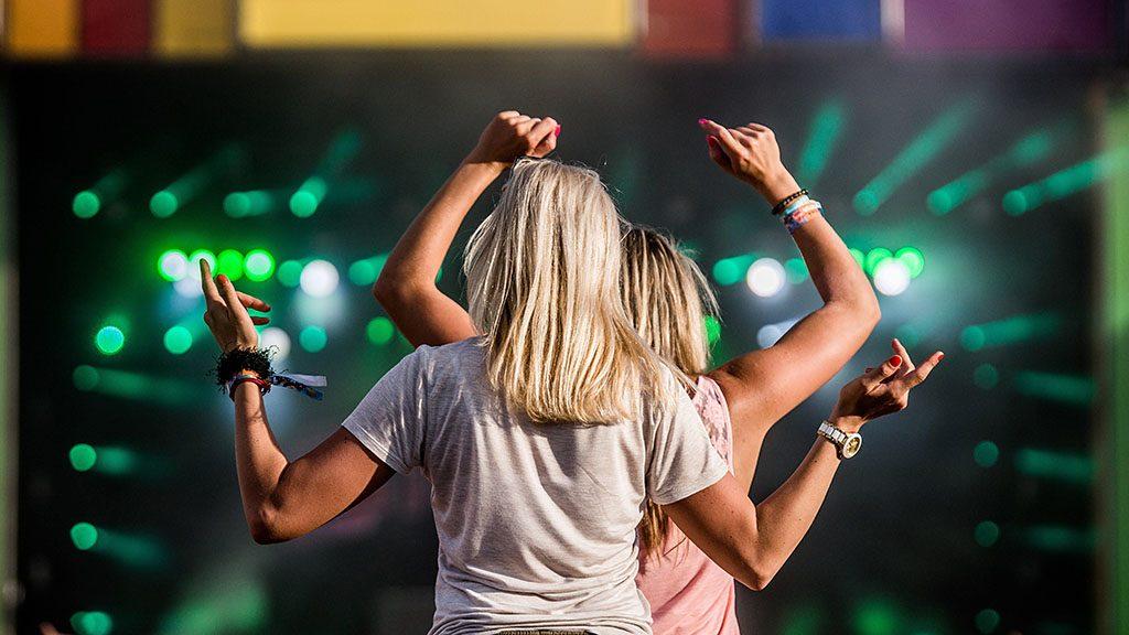 Zamárdi, 2016. július 8.A Balaton Sound fesztivál Zamárdiban 2016. július 8-án.MTI Fotó: Balogh Zoltán