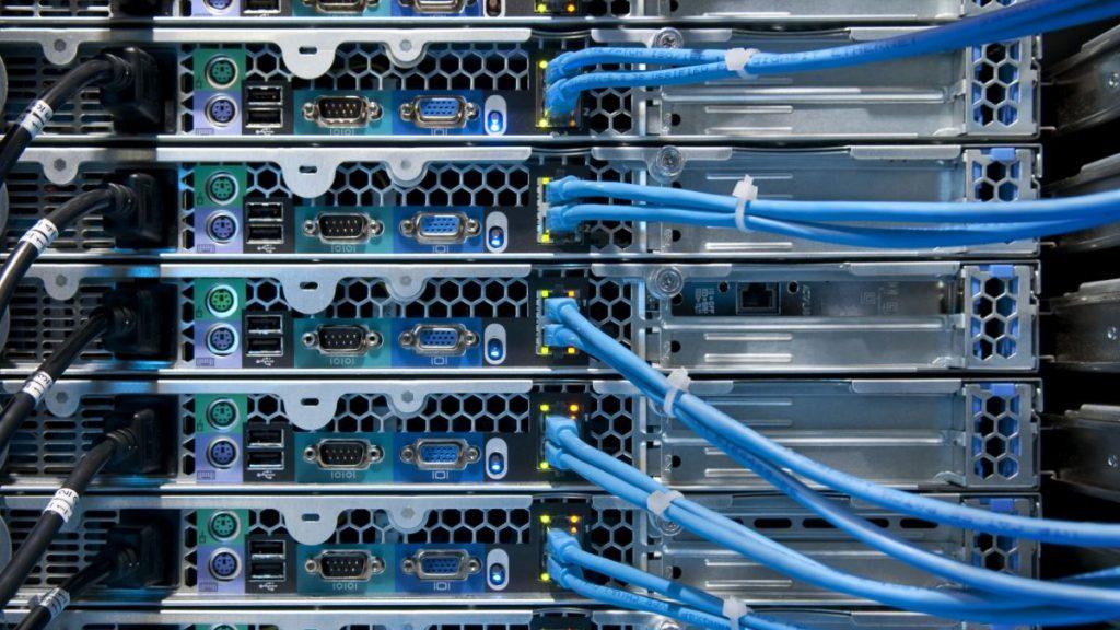 Internet Computer Server Connection