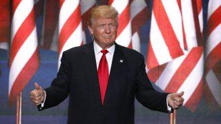 Cleveland, 2016. július 22. Donald Trump amerikai üzletember, a Republikánus Párt elnökjelöltje beszédet mond a négynapos elnökjelölt-állító konvenció negyedik napján az Ohio állambeli Clevelandben 2016. július 21-én. (MTI/EPA/Shawn Thew)