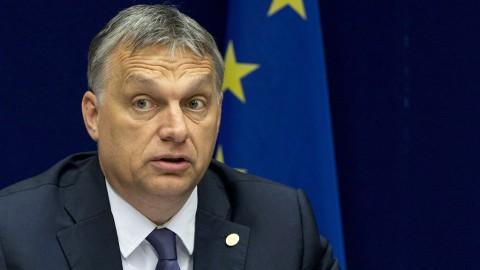 Brüsszel, 2016. június 29.Orbán Viktor miniszterelnök sajtóértekezlete az Európai Unió kétnapos brüsszeli csúcstalálkozójának végén, 2016. június 29-én. A találkozó középpontjában az a tény állt, hogy a Nagy-Britannia EU-tagságáról rendezett június 23-i népszavazáson a többség az ország Európai Unióból való kilépése mellett voksolt. (MTI/AP/Virginia Mayo)