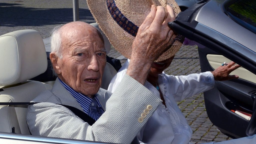 Former German President Walter Scheel (FDP) arrives for a reception in a cabrio on his 94th birthday in Bad Krozingen, Germany, 08 July 2013. Photo: PATRICK SEEGER   usage worldwide