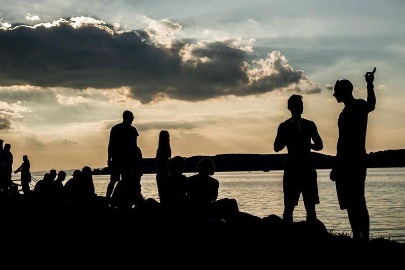 Zamárdi, 2016. augusztus 24.Fesztiválozók a Strand és a B.my.Lake fesztiválon Zamárdiban 2016. augusztus 24-én. Egyszerre két fesztivál, a Strand és a B.my.Lake is elkezdődött Zamárdiban a MOL Nagyon Balaton rendezvénysorozat részeként.MTI Fotó: Balogh Zoltán