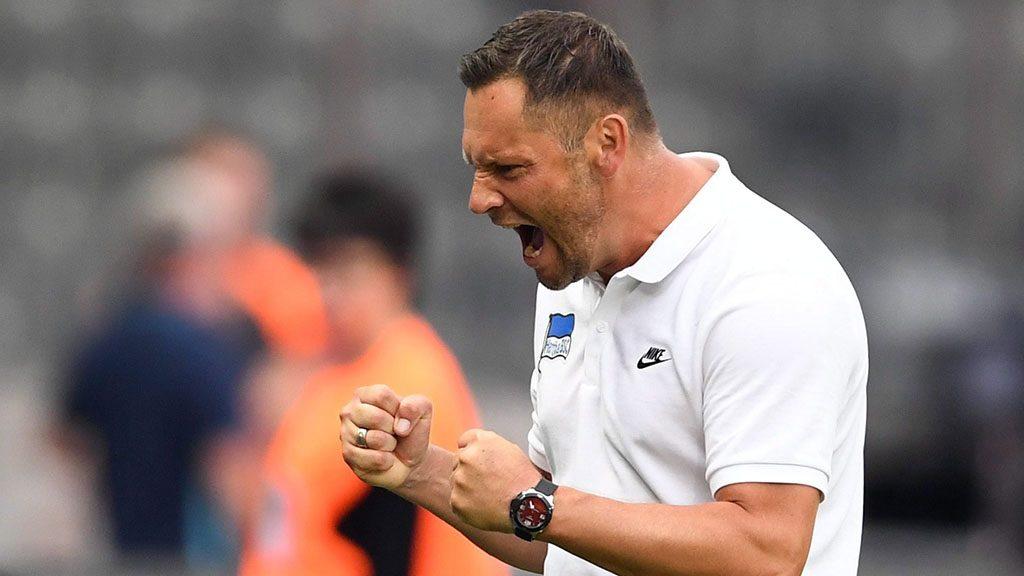 Berlin, 2016. augusztus 28.Dárdai Pál, a Hertha BSC vezetőedzője, miután csapata megszerezte a győztes gólt a Freiburg ellen a német első osztályú labdarúgó-bajnokság első fordulójában játszott mérkőzésen a berlini Olimpiai Stadionban 2016. augusztus 28-án. (MTI/EPA/Sören Stache)