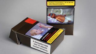 Budapest, 2016. augusztus 17. Az augusztus 20-án hatályba lépõ, a dohánytermékek csomagolását szabályozó új kormányrendeletnek megfelelõ cigarettásdoboz-minta 2016. augusztus 17-én. MTI Fotó