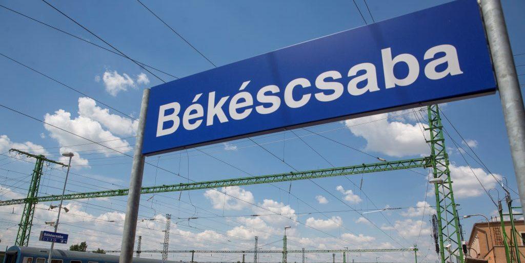 Átadták a közel 35 milliárd forintból felújított békéscsabai vasúti beruházást