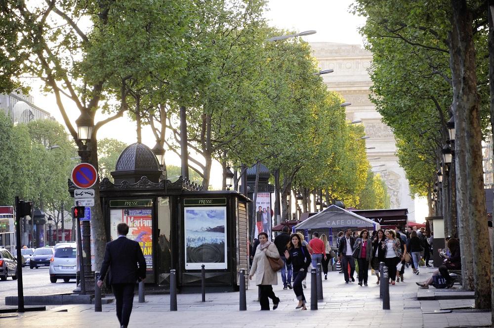 FRANCE, PARIS (75) 8TH ARRONDISSEMENT, THE CHAMPS-ELYSEES