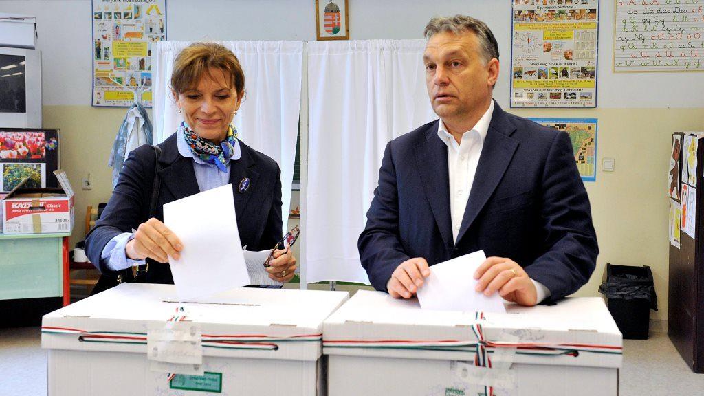 Normafa – Orbán Viktor kormányfő és felesége leadja szavazatát