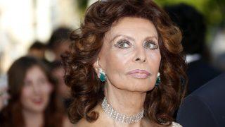 Cannes, 2014. május 20. Sophia Loren olasz színésznõ a Deux jours, une nuit címû film bemutatóján a 67. Cannes-i Nemzetközi Filmfesztiválon 2014. május 20-án. (MTI/EPA/Guillaume Horcajuelo)