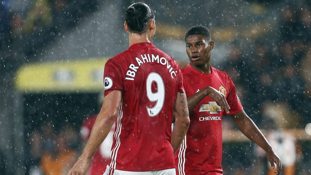 Marcus Rashford of Manchester United speaks with Zlatan Ibrahimovic during the English championship Premier League football match between Hull City and Manchester United on August 27, 2016 played at the Kingston Communications Stadium in Hull, England - Photo Matt West / Backpage Images / DPPI
